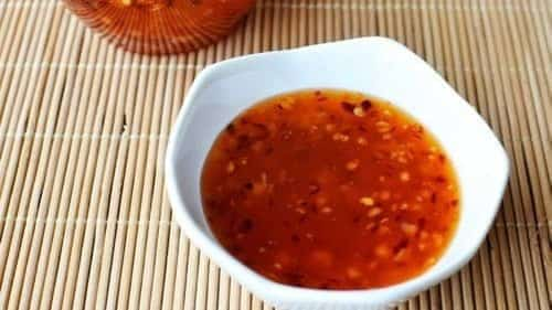 Tangy Keto-Friendly Asian Sweet Chili Sauce
