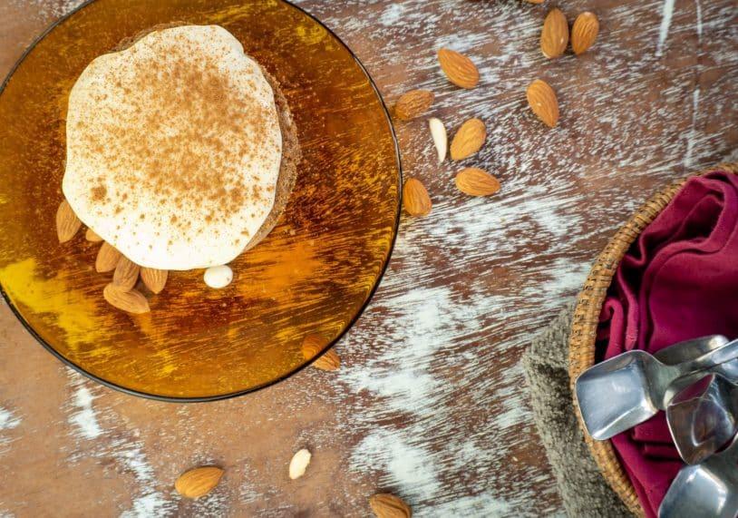 Cinnamon Roll Keto Mug Cake