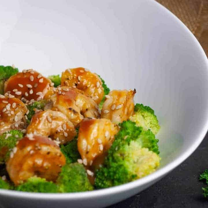 Low-Carb General Tso's Shrimp and Broccoli