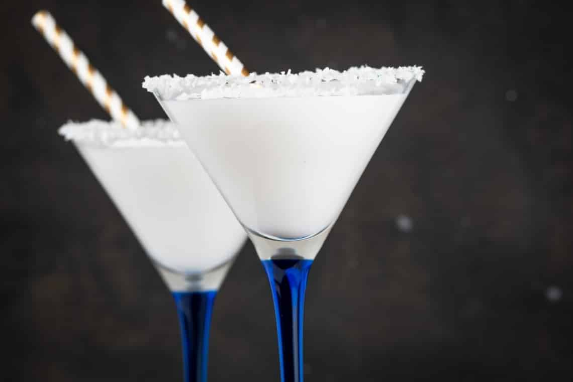 Keto Snowbank Winter Cocktail
