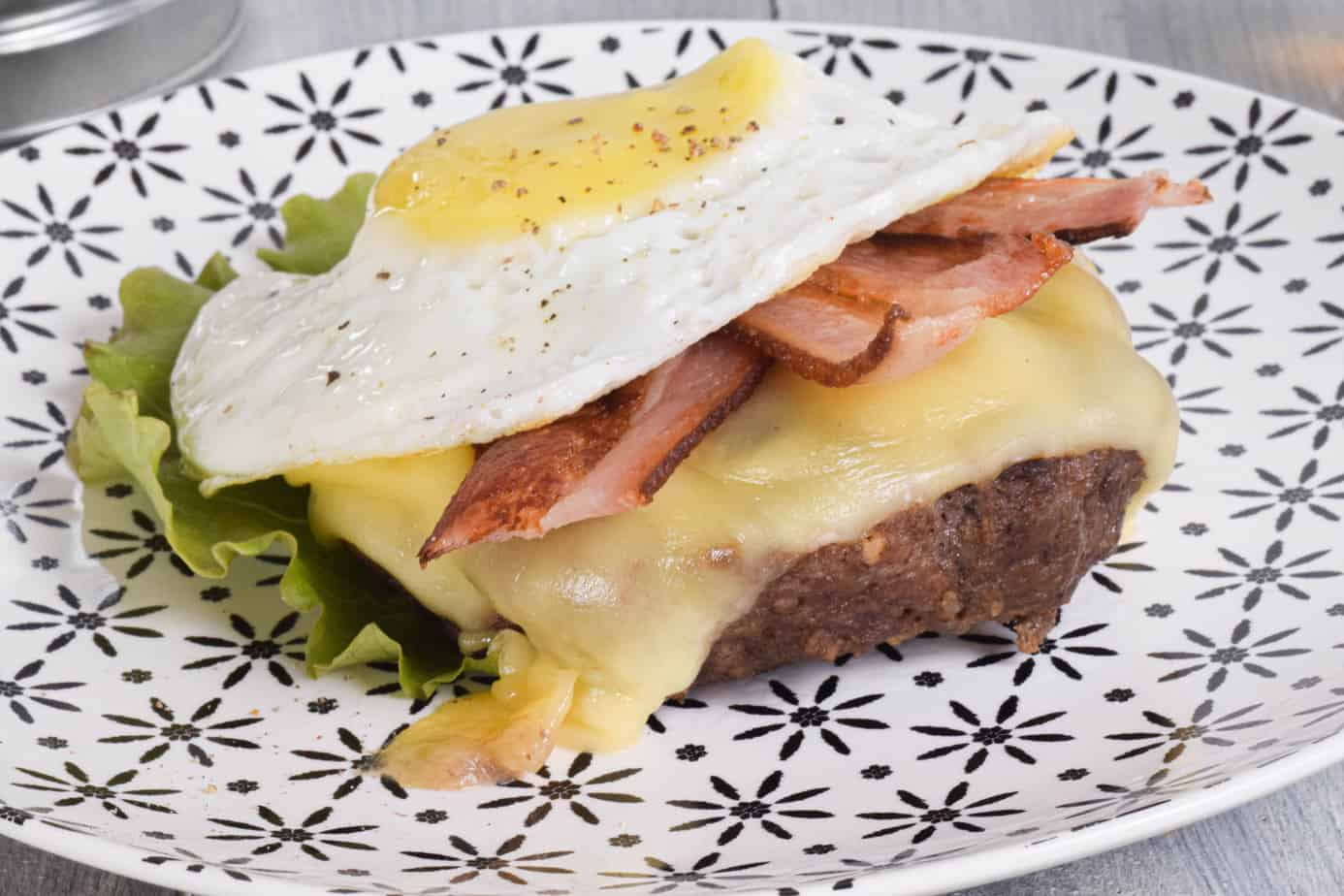 Keto Breakfast Burger